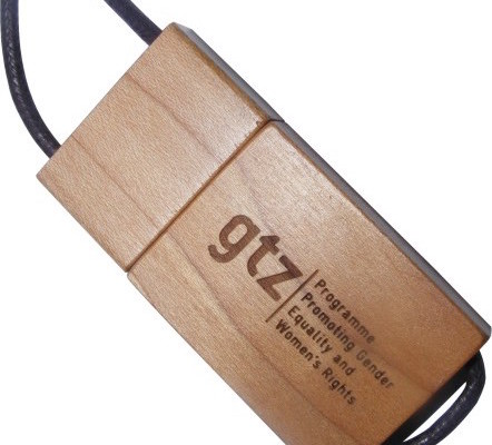 Engraved Wood USB